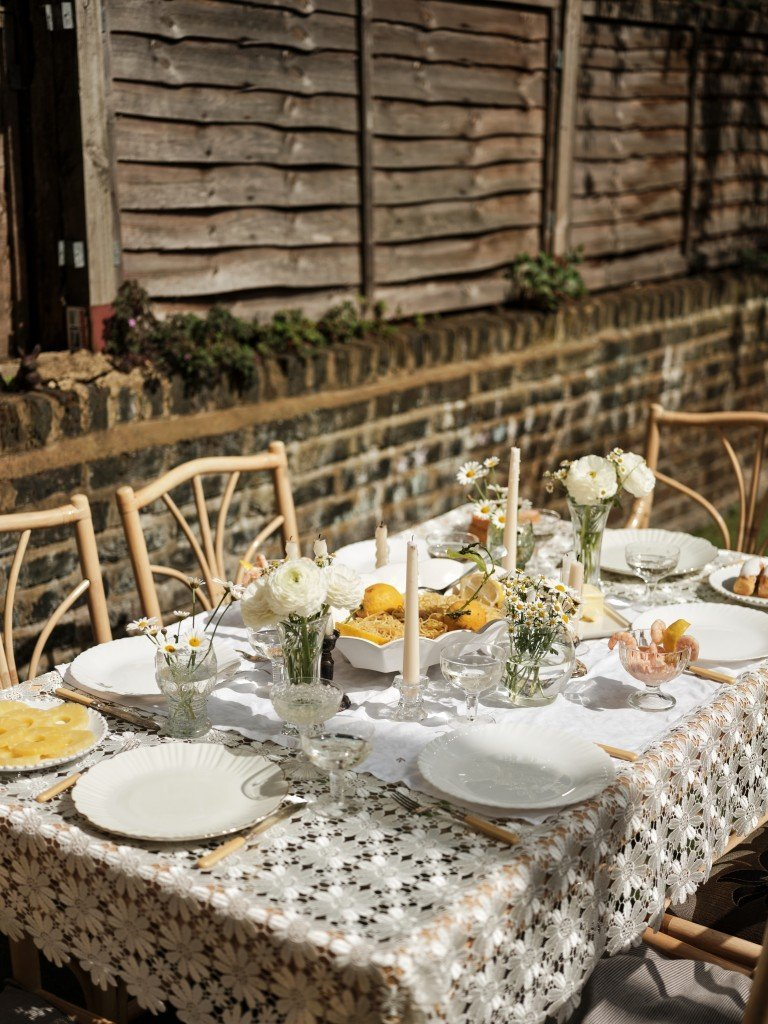 Outdoor dining by PIECES London